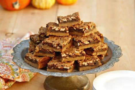 pecan chocolate bars - hor