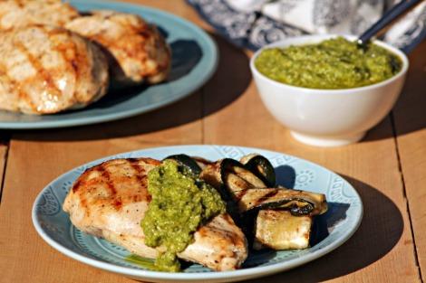 chicken with artichoke pesto - horz
