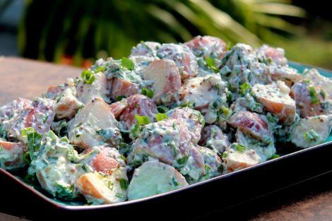 creamy potato salad horz